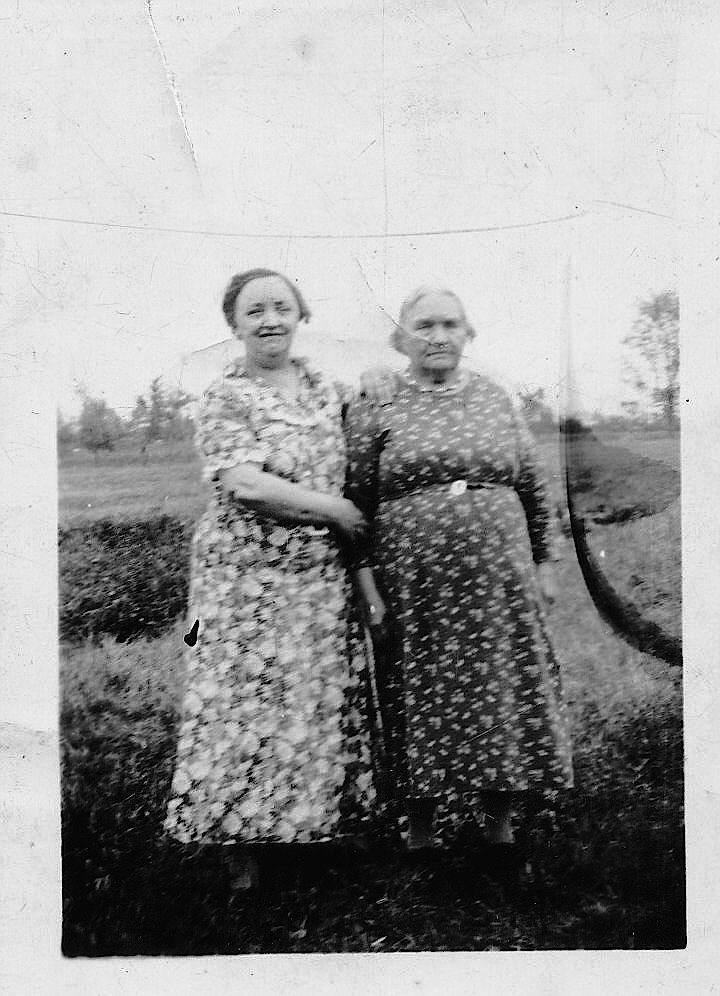 Aunt Maggie and I don't know - copy